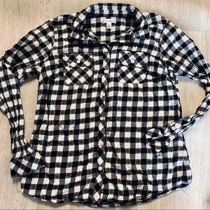 🍁 plaid button down shirt